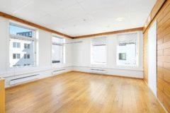 Kontorene i Hermetikkes 3. etasje - solid tregulv og malte flater