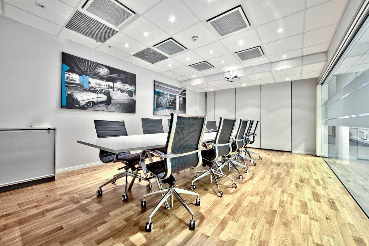 Flotte kontorer i lyse lokaler